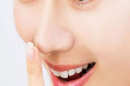 假体隆鼻失败修复